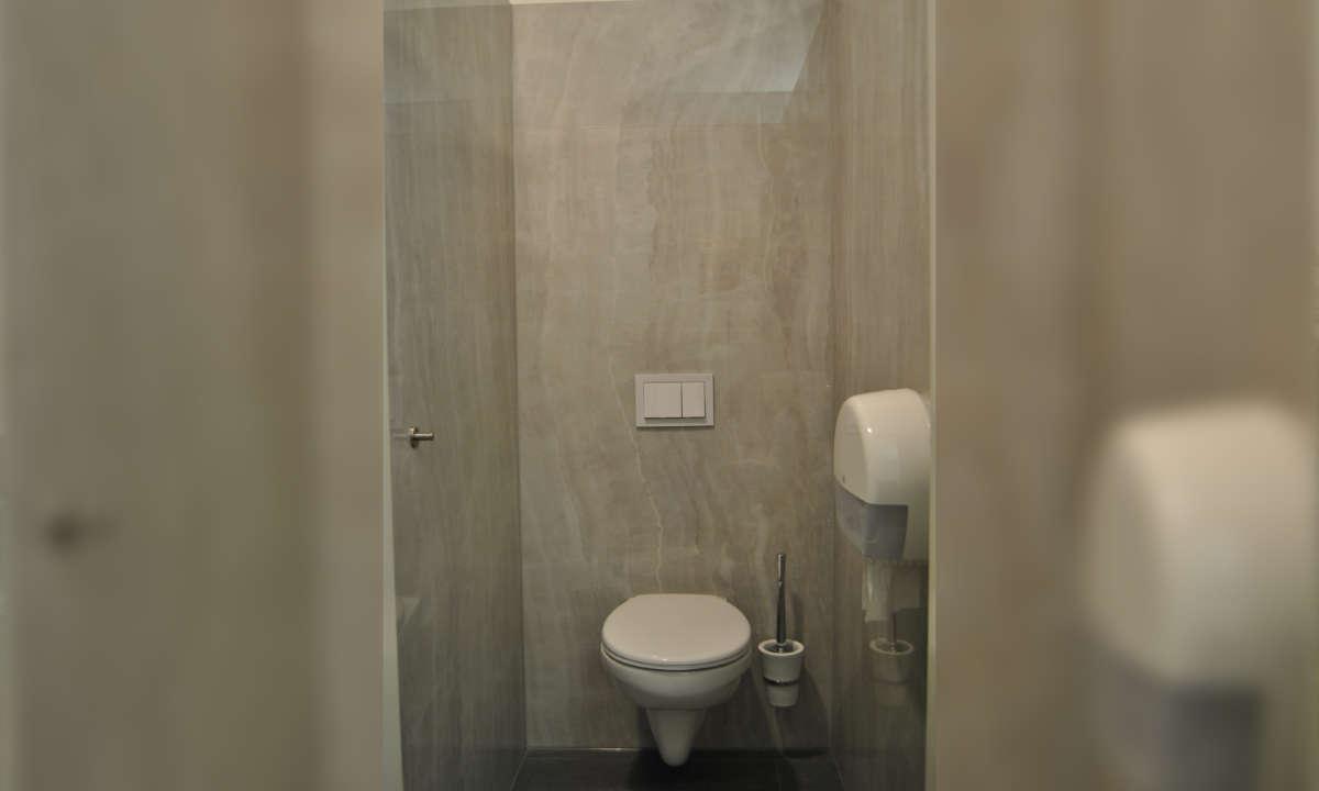 sehr saubere Toiletten